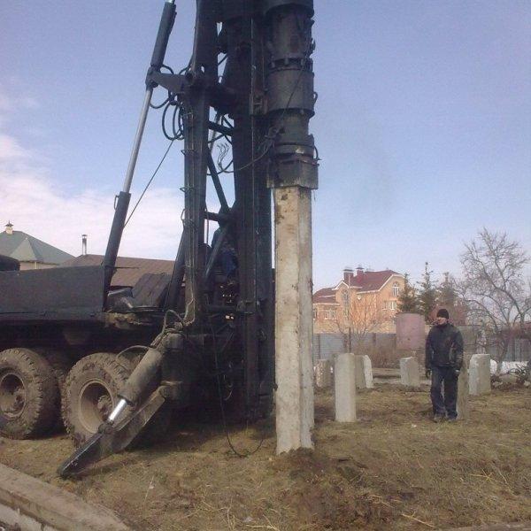 Аренда сваебоя Урал 4320 / КРАЗ / МГК / УГМК12,Аренда сваебойной машины,Красноярск