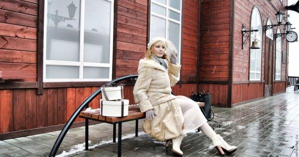 Двенадцать месяцев,Магазин обуви, Магазин кожи и меха,Красноярск