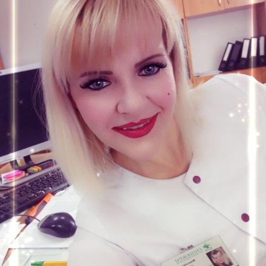 Юлия Машлыкина,Заведующая здравпункта шахты им. Костенко,Караганда