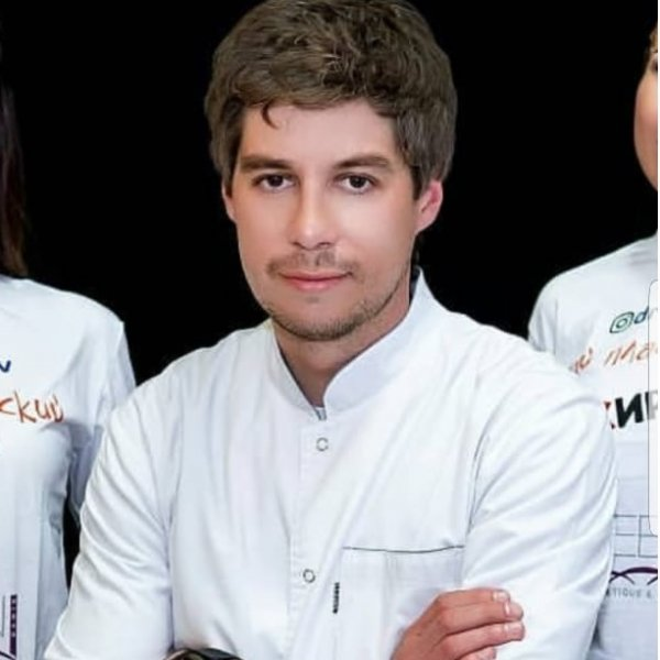 Кулишов Игорь Владимирович ,Пластический хирург,Караганда