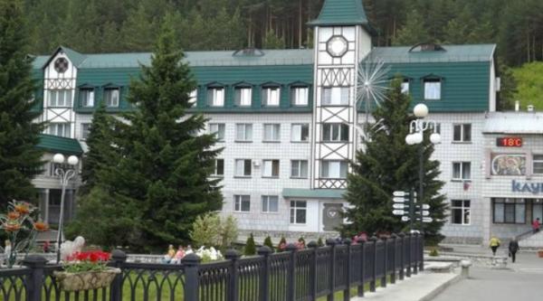 Лечебный корпус Алтай-West, Больница для взрослых, Белокуриха