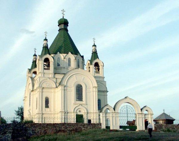 Храм Александра Невского,Храм Нижнетагильской епархии Русской православной церкви,Нижний Тагил