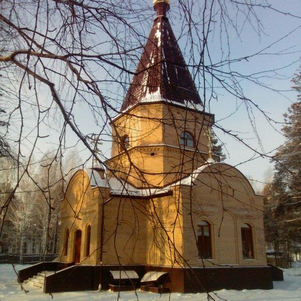 Храм во имя святого великомученика Георгия Победоносца,Местная православная религиозная организация,Нижний Тагил