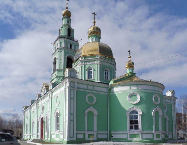 Свято-Троицкий Кафедральный собор,представитель Нижнетагильской епархии Русской Православной Церкви,Нижний Тагил
