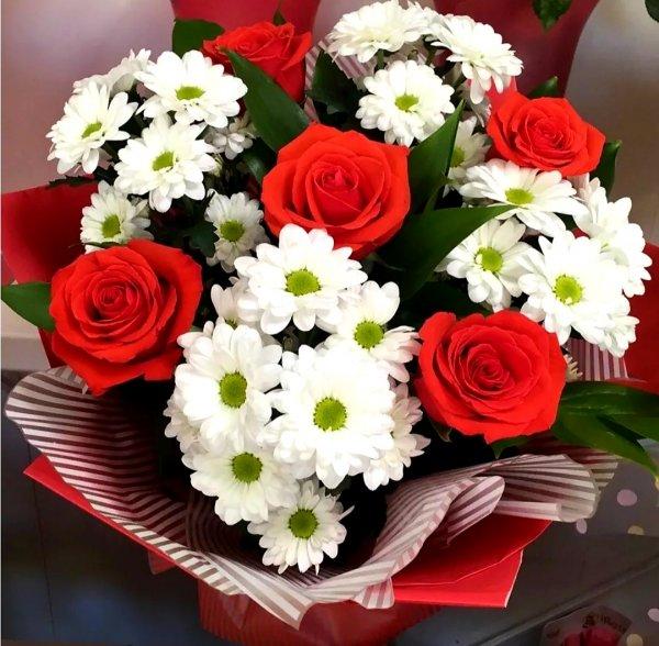 Цветы,Доставка цветов и букетов, Магазин цветов,Тюмень
