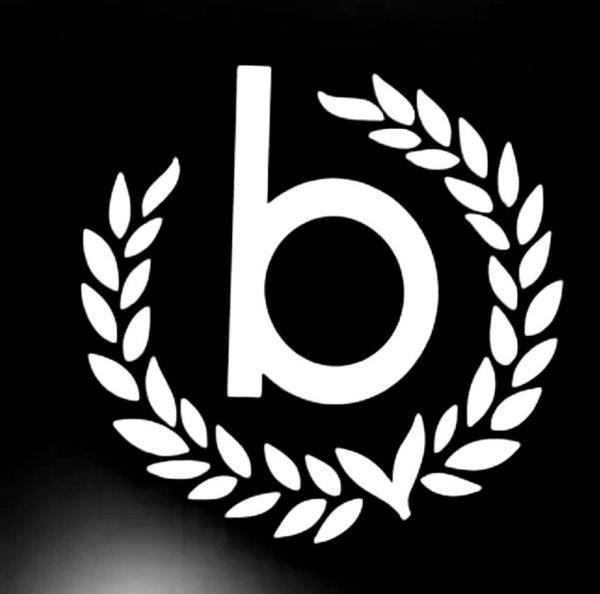 Bugatti,Магазин одежды,Тюмень