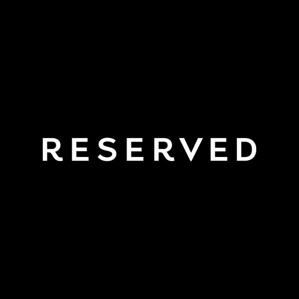 логотип компании Reserved
