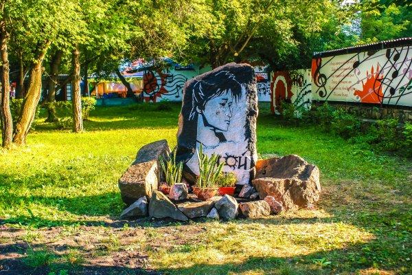 Памятник Виктору Цою в Красноярске,Достопримечательности Красноярска,Красноярск
