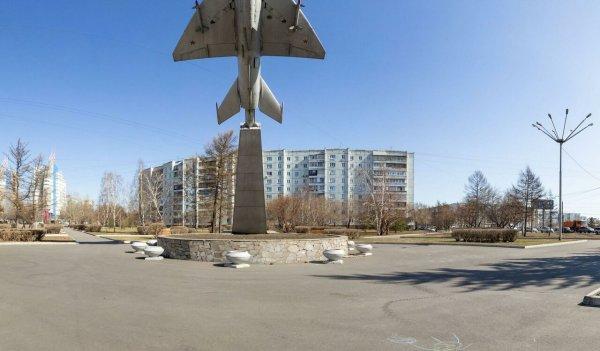 Самолёт МиГ-21Ф,Памятник, скульптура,Красноярск