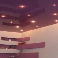 Глянцевый цветной потолок