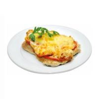 Филе куриное под овощами (помидор, сыр)