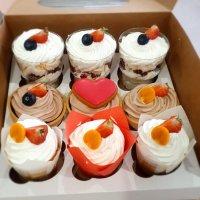 Пирожные и другое для любимых