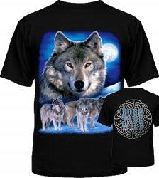 Волк с семьёй луна справа