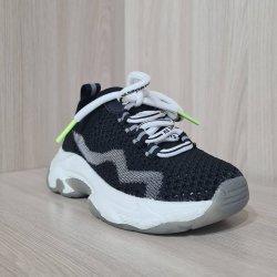 Удобные и мягкие кроссовки