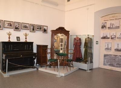 Экспозиция «История города Шадринска до 1917 года»,