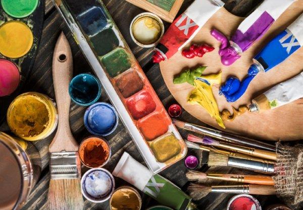 Мастерская «Акварель» ждет вас! Здесь вы научитесь живописи и декору!