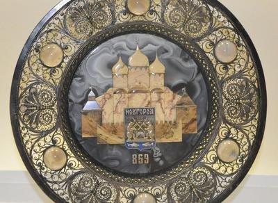 Выставка «Евгений Баранов — ювелир»