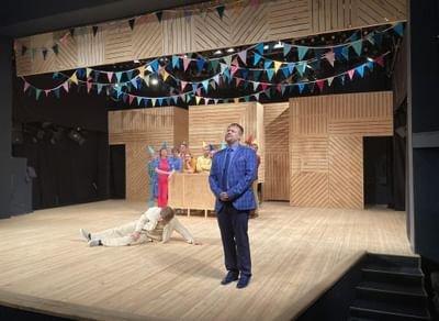 Спектакль «Носороги»