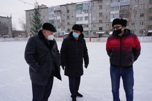 Глава города Куйбышева проверил готовность зимних спортивных площадок