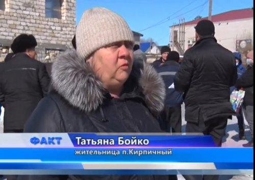 Спор по поводу расположения мусорных контейнеров вновь беспокоит жителей поселка Кирпичный
