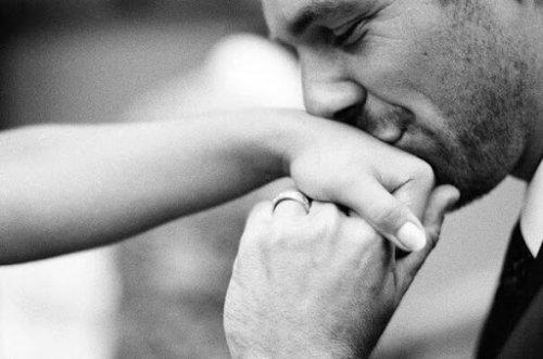Мужская любовь: как мужчина проявляет свои чувства
