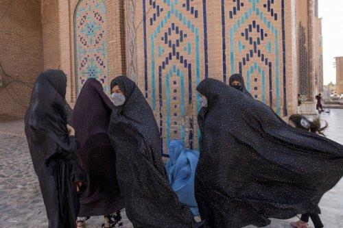 ЕС предоставит гуманитарную помощь Афганистану (читай Талибану)