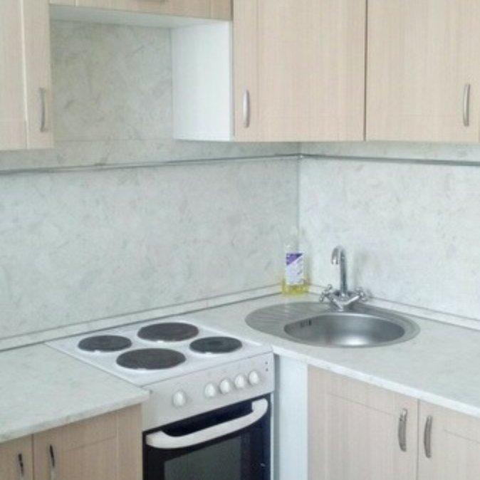 Сдам 2-комнатную квартиру на Мартынова 11