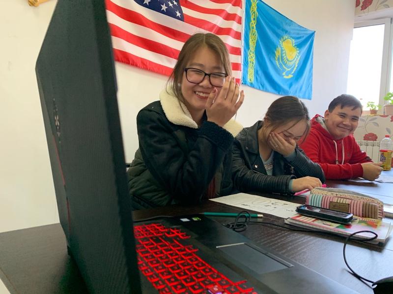 Live Love and Laaaaaugh), Marty's language center, Талгар