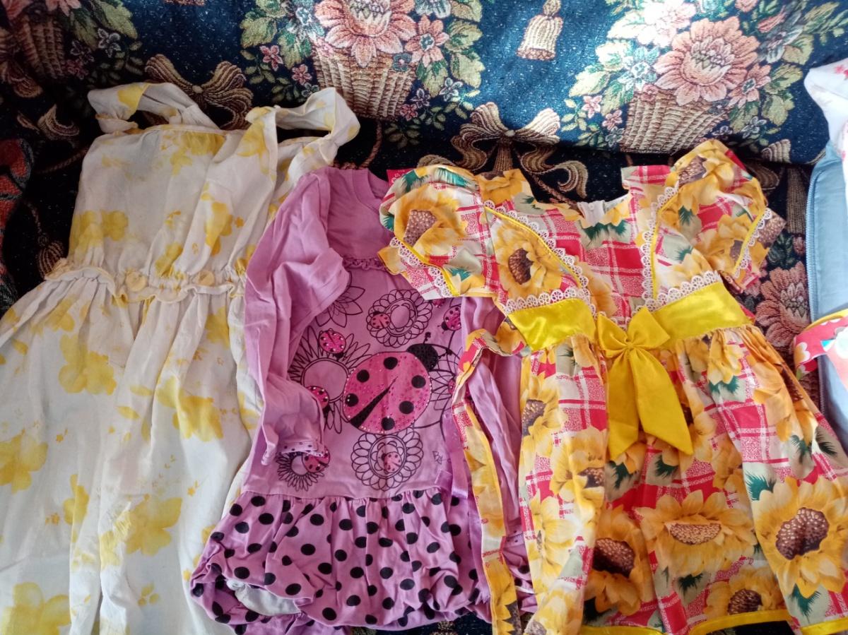 Продам платья пакетом