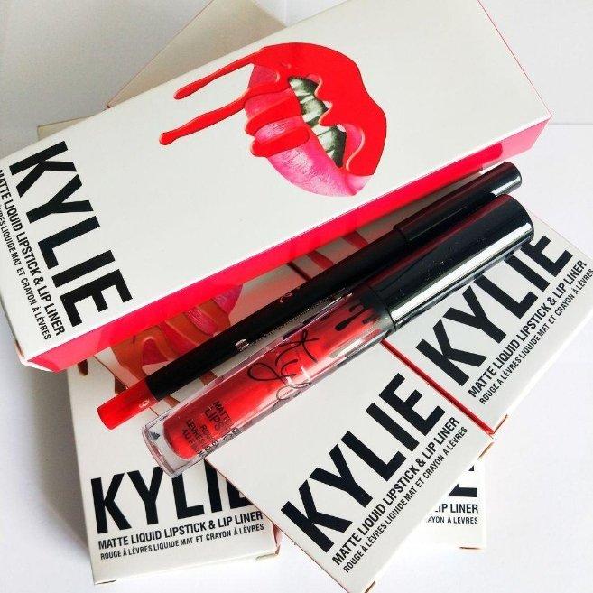 Матовый блеск для губ KYLIE + мягкий карандаш для губ, Monkey Woo