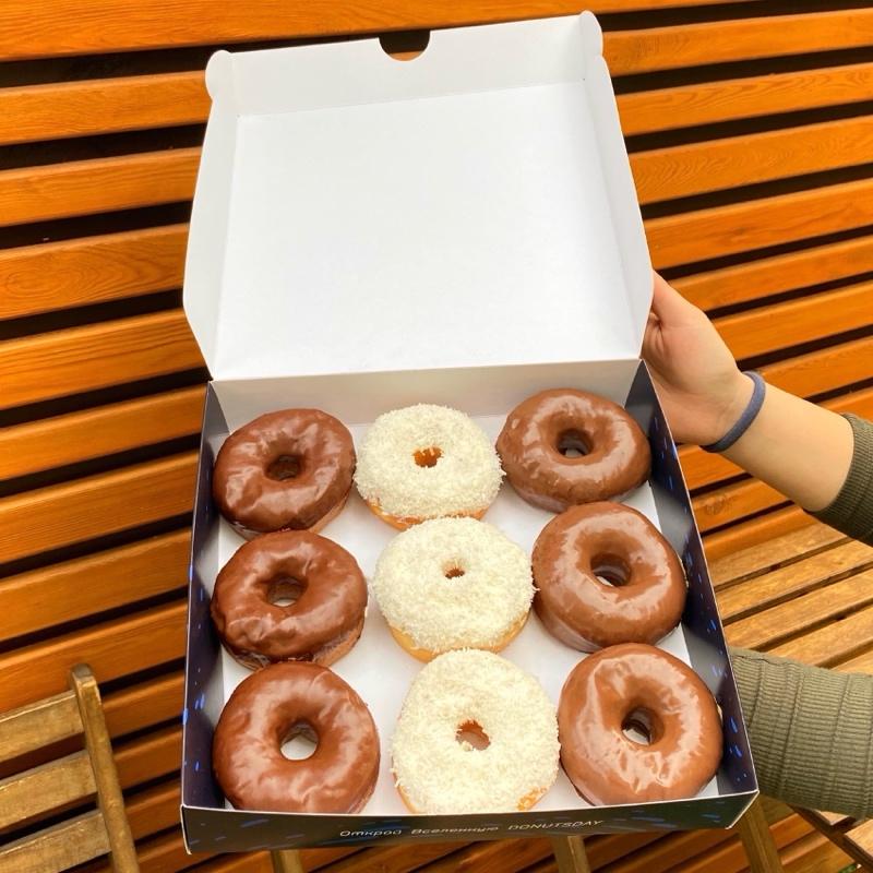 Скидка 50% на ВСЕ пончики🍩 после 21:00, Donutsday