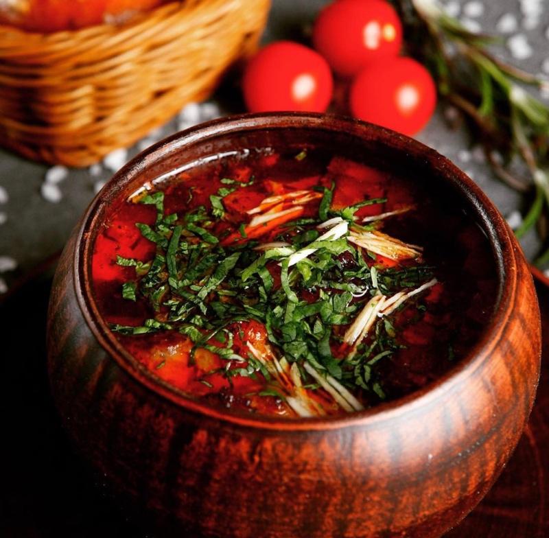 Солянка 🍲 одно из классических блюд русской кухни.