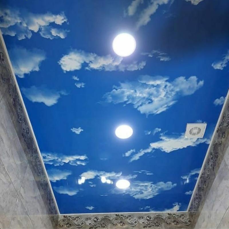 Натяжной потолок Небо в облаках  в ванной комнате⚪🌌