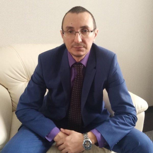 Какие права дает статья 51 Конституции РФ?