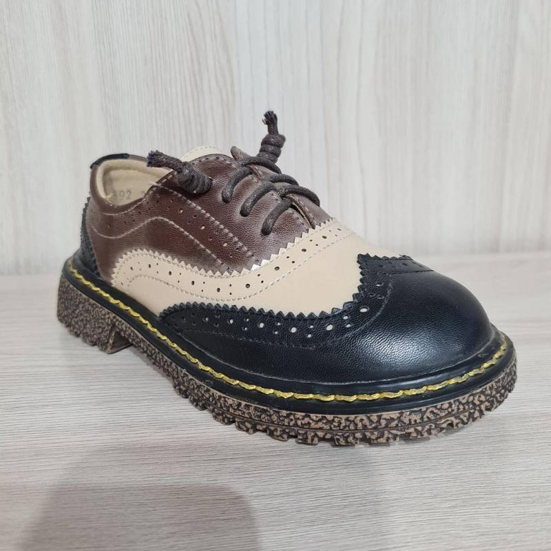Зебра магазин детской обуви в Актобе. Обувь кроссовки детские ботинки туфли сандали в Актобе