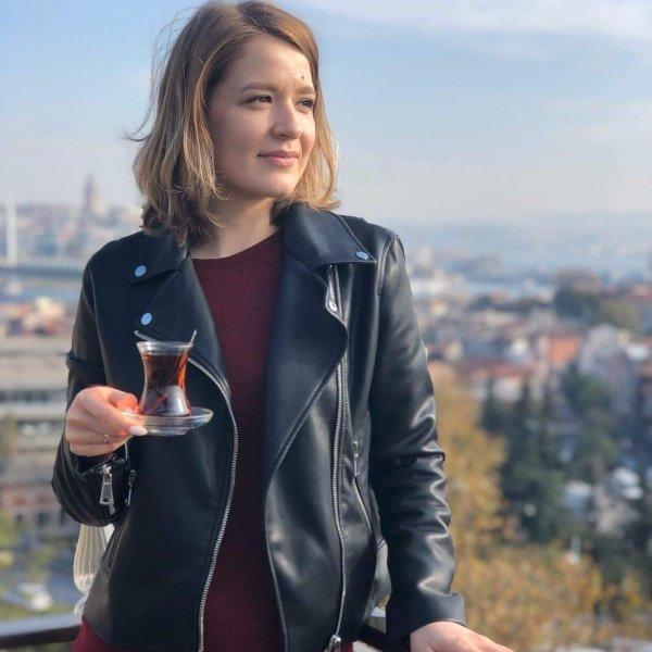 Юлия Шаповалова,Мастер ногтевого сервиса. Педикюр.,Азов