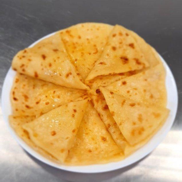 С завтрашнего дня у нас будут невероятно вкусные хычины , потому что  нам привезли сыр с горных пастбищ! Мы так ждали этот продукт, чтобы приготовить наивкуснейшие нежные и вкусные хычины со сливочным вкусом!🧀🥔