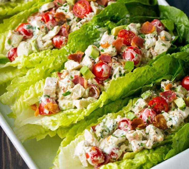 Красиво есть не запретишь 😄Все наши блюда приготовлены с душой, в том числе и салаты.Попробуйте и убедитесь сами!